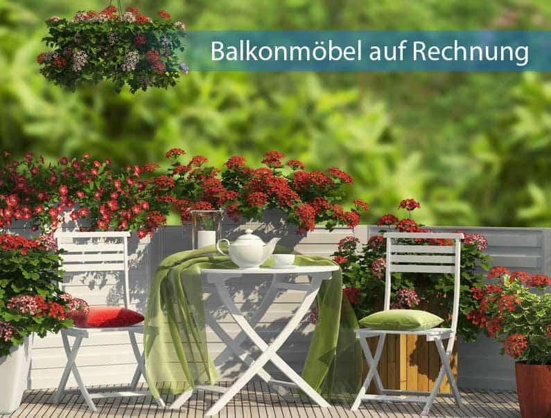 Balkonmöbel auf Rechnung in edlem Weiß mit mintgrünem Dekotuch